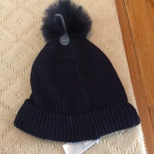 New with tags navy blue gap winter hat